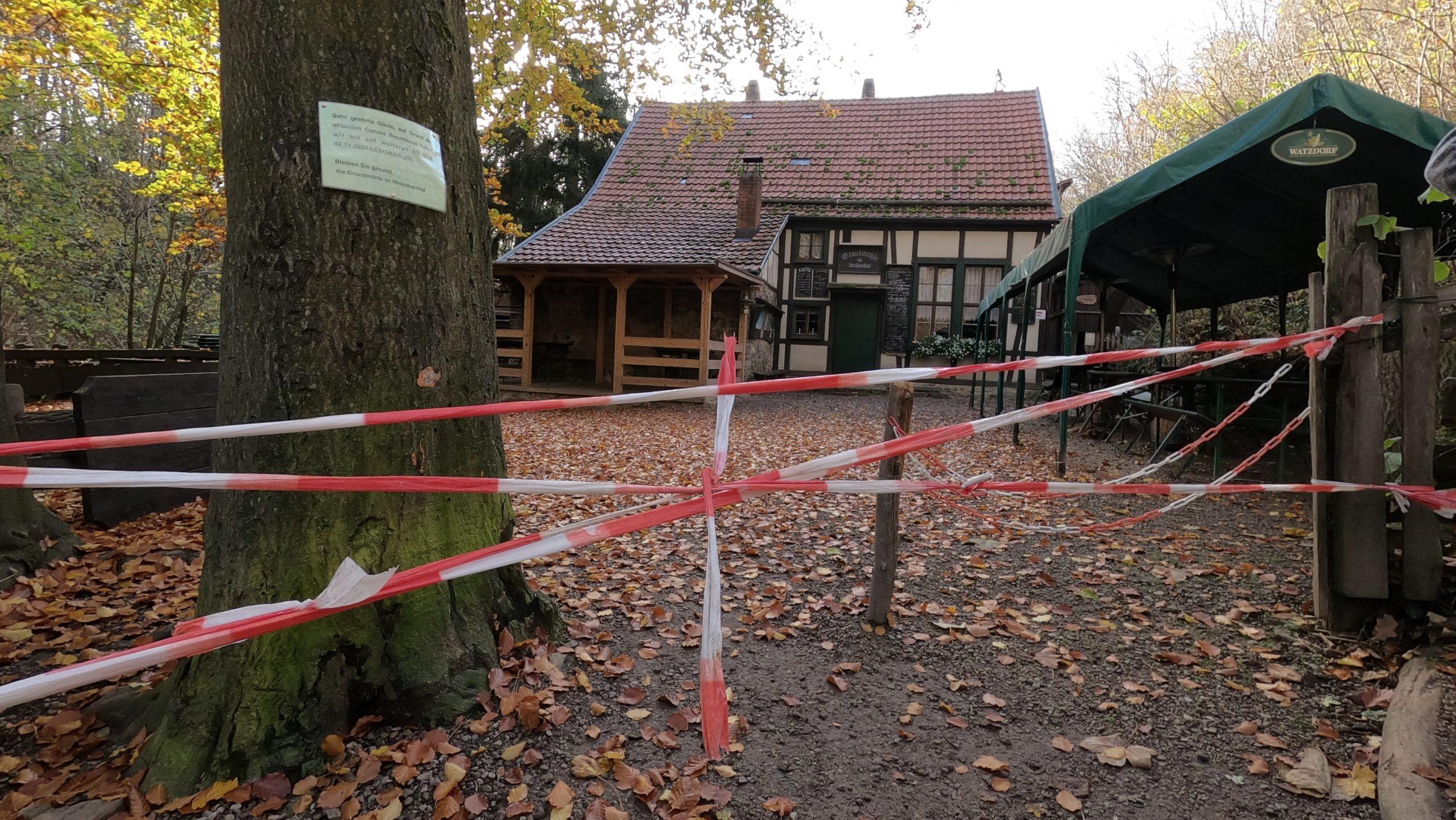 Geschlossen wegen Corona: Die Grundmühle in Erfurt zwischen Tiefthal und Töttelstedt im November 2020.