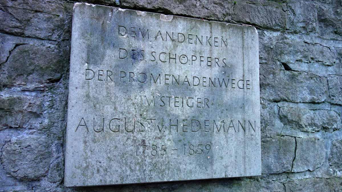 Erinnerungstafel für August von Hedemann im Steigerwald Erfurt