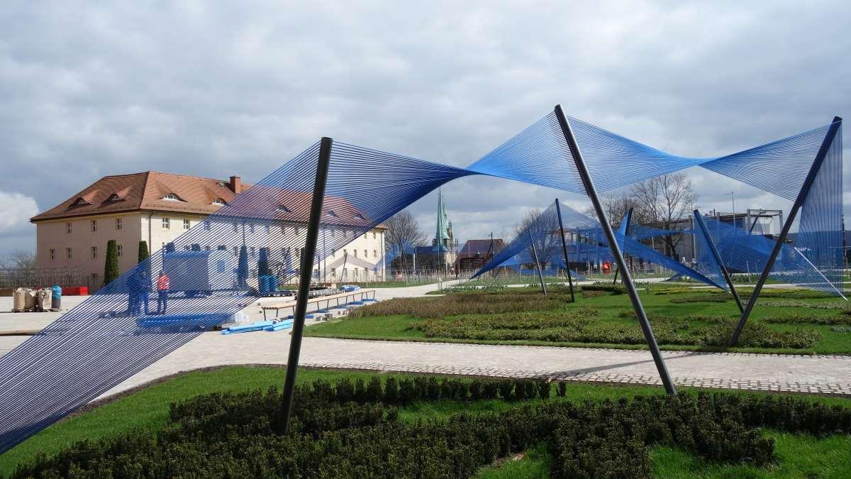 Blauesband auf dem Petersberg vor der Eröffnung der Bundesgartenschau 2021