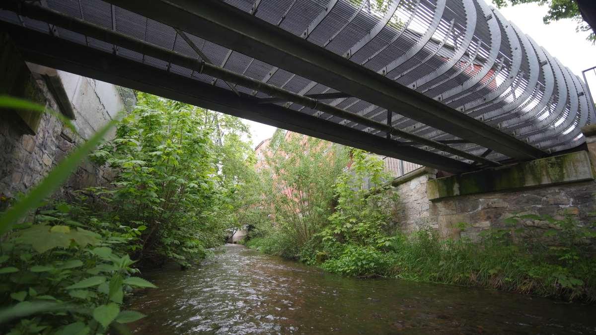 Brücke über den Bergstrom in Erfurt beim Alten Jüdischen Friedhof
