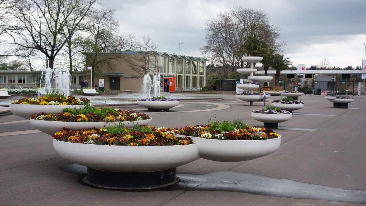 Runde Blumenbeete aus Zeiten der DDR auf dem Egapark Erfurt