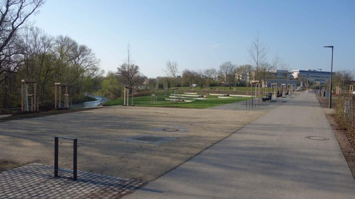 Das Klärchen- zur Buga 2021 in Erfurt umgestaltetes Gelände des ehemaligen Klärwerks.